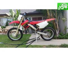 2001 CR250