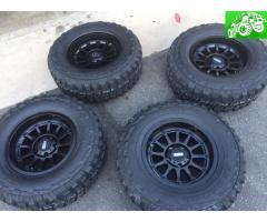 Moto Metal Wheels Mud Terrain tires