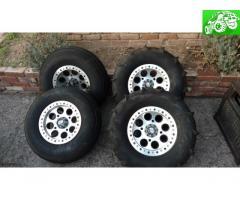Razor paddle tires 2015
