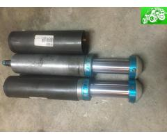 """KING 2.5 16"""" Coilovers NEW and KING 2.5 4"""" Bump stops"""