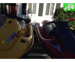 2 Kawasaki jet skis