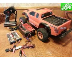 RC Offroad truck, 2 batteries, & fast charger