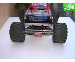 RC Nitro Traxxas Monster Truck 4x4